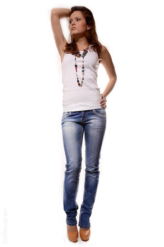 Купить зауженные джинсы minibb
