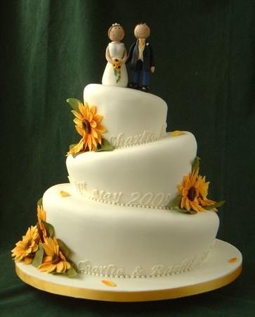 Свадебный торт с подсолнухами фото